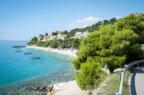 Chorvátsko - modrá pláž