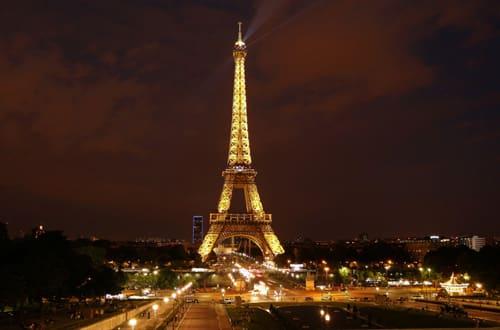 Eiffelova veža - Francúzsko